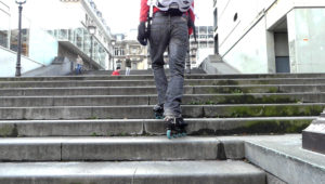 Monter des escaliers en roller